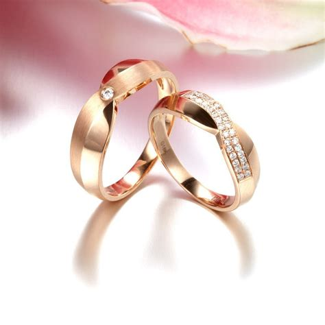 Luxurious Diamond Couples Wedding Ring Bands on 9ct Rose
