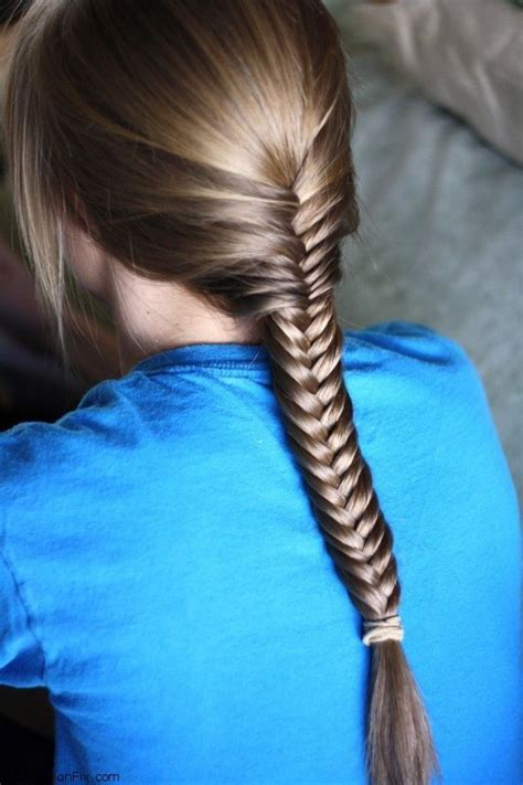 steps to show how to make fish tail favload hair how to do fishtail braid hairstyle fab fashion fix