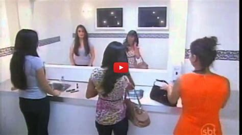 bathroom mirror prank absolutely hilarious bathroom mirror prank
