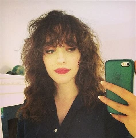 kat dennings rosie huntington whiteley gets a lob for