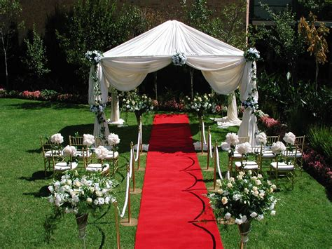 Backyard Wedding Costs by Small Backyard Wedding Ideas On Budget Amys Office And