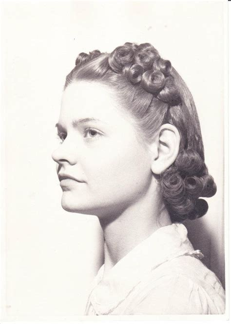 hairstyles for in early 40s 1000 images about 40 180 s hairstyles on pinterest