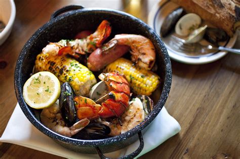 best seafood restaurants in nyc seaside eats best summer seafood dishes in nyc