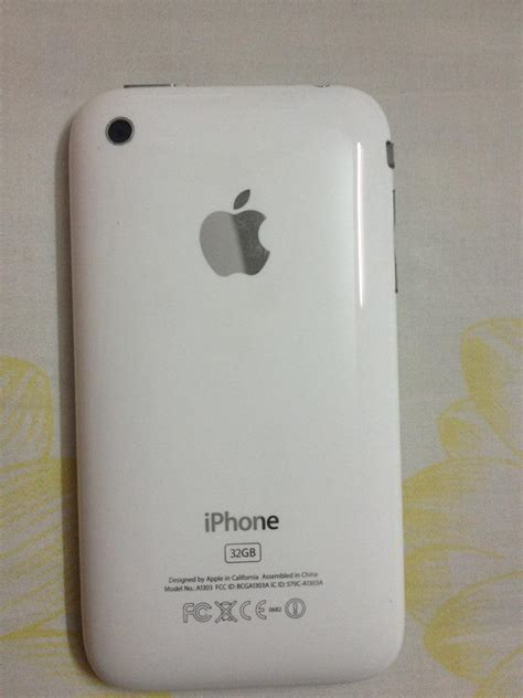 Charger Iphone 3gs Original iphone 3gs 32gb white with charger clickbd