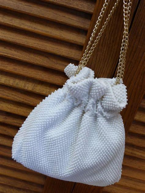 vintage white beaded drawstring handbag purse historique