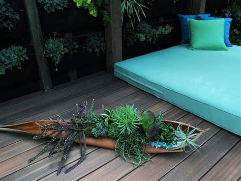 Vertical Garden Durie Embassy S Outdoor Lounging Spaces