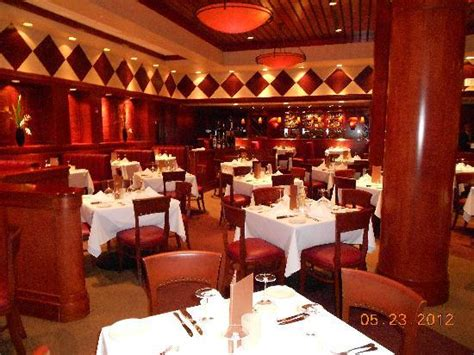 The Dining Room Reviews by Dining Room Picture Of Fleming S Prime Steakhouse Wine