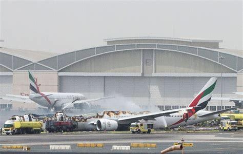 emirates flight 521 emirates boeing crash landing shashi tharoor courts