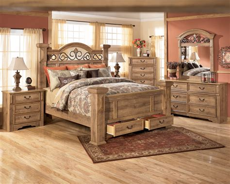 Ridgley King Bedroom Set by City Furniture Clearance Bedroom Set Armoire Snsm155com