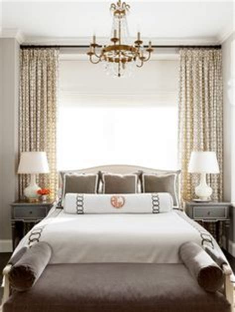 Headboards Beds Against Windows 1000 Ideas About Bed Against Window On