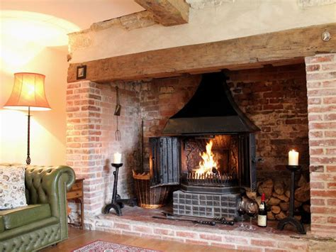 Inglenook Fireplace Ideas by Best 25 Inglenook Fireplace Ideas On Wood