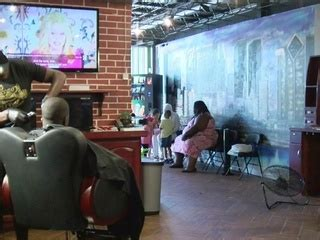 barber in milwaukee that will cut 1 year old milwaukee barbershops inspire boys to read tmj4