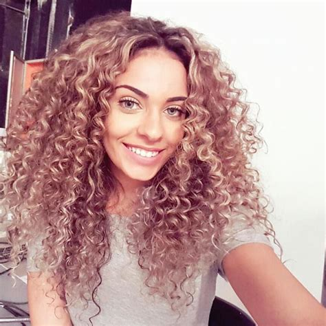 hair color for curly hair pantone top 10 color trends for fall 2016 and how to wear