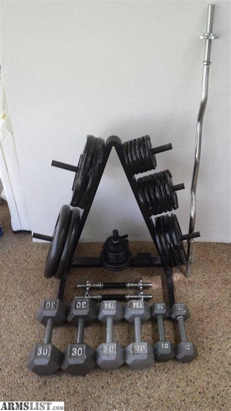 gym bench and weights for sale armslist for sale trade golds gym platinum weight bench