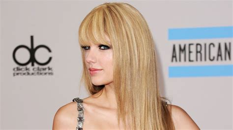 amas the best amas fashion the 20 best style moments of all time 15