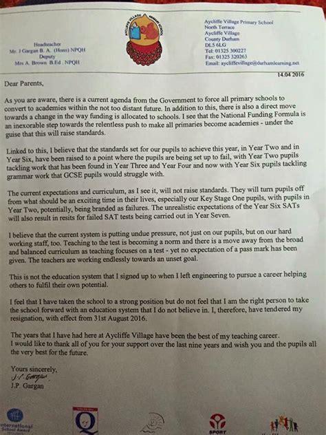 read heads extraordinary resignation letter
