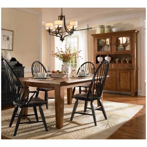 broyhill attic heirlooms dining room set