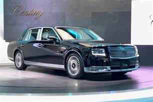 new century cars new toyota century limo brings school class to tokyo