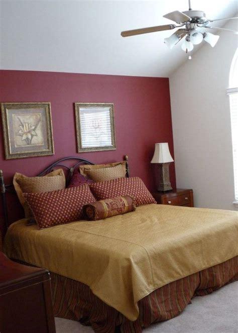 burgundy bedroom best 25 maroon bedroom ideas on pinterest burgundy