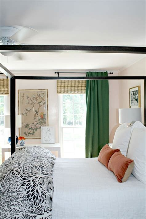 curtains for green bedroom 17 best ideas about emerald green bedrooms on pinterest