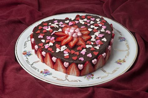valentines cakes day cakes photo hd wallpaper of cakes 2016