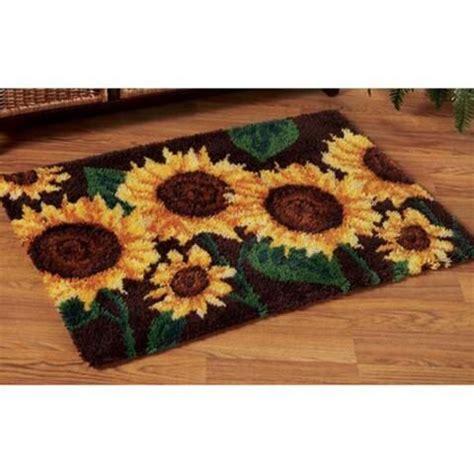 latchhook rugs 25 unique latch hook rugs ideas on diy rugs rug hooking and rag rugs