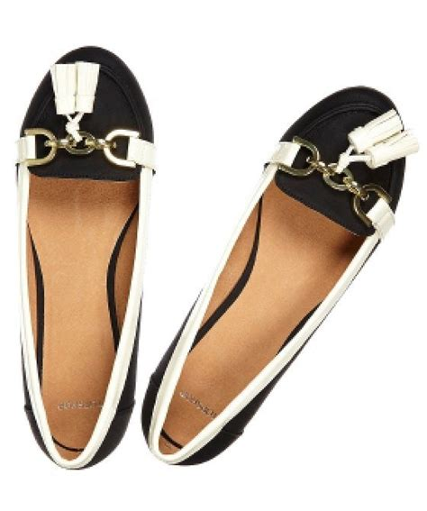 oxfords vs loafers 91 best oxfords vs loafers images on flats