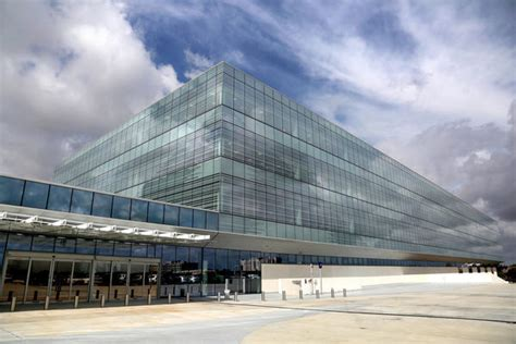 American Express Offices by American Express Opens Regional Headquarters In