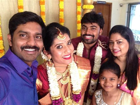 vijay tv priyanka marriage photos vijay tv anchor priyanka marriage wedding photos videos