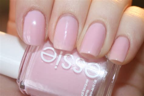 essie light pink nail summer in the city summer nail picks