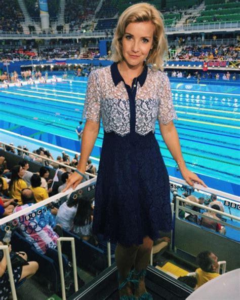Tv Presenter Wardrobe by S Helen Skelton Wows In Wearing Daringly