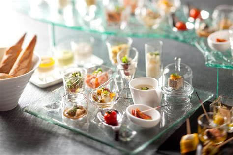 apparecchiare tavola buffet mise en place come apparecchiare per un buffet all aperto
