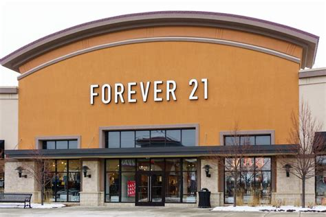 Forever 21 Warns of Credit Card Breach Impacting US Stores