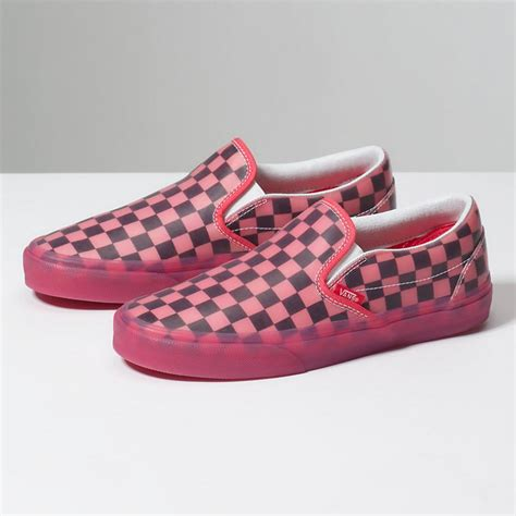 Harga Retail Vans Slip On Checkerboard womens slip on vans translucent rubber slip on hibiscus