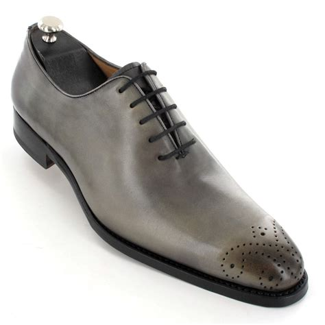 chaussures grises de luxe pour homme