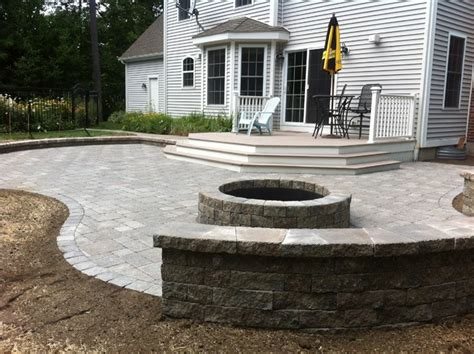 unilock stonehenge paver with estate wall sitting wall