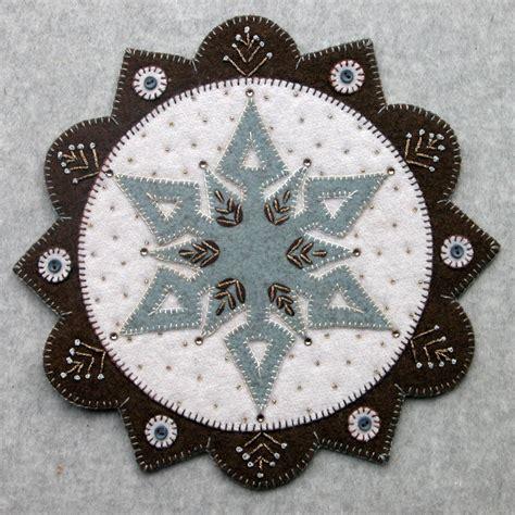 pattern for woven snowflake ornament woven wool snowflake 2 kit 28 designandbemary com