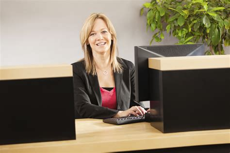 bank tell how to become a bank teller careerbuilder
