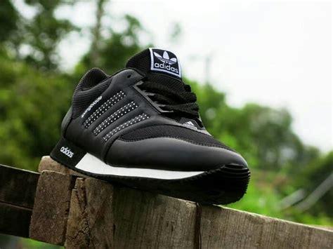 Sepatu Anak Casual Hitam Putih jual sepatu sport adidas springblade hitam putih casual