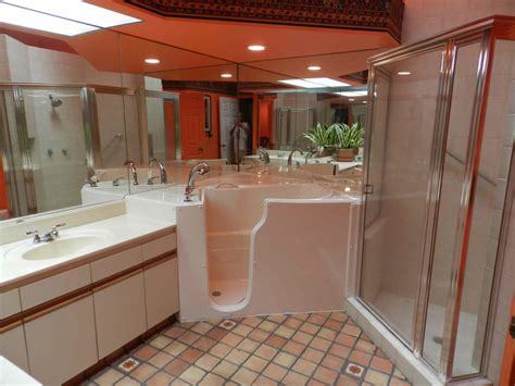 Walk In Bathtubs For Seniors Prices by Advantage Walk In Bathtubs Stairlifts In Sacramento Ca