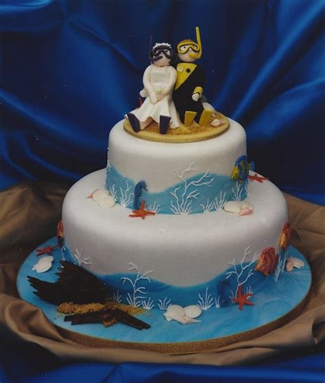 Novelty Wedding Cakes by Novelty Wedding Cake With Diving And Undersea Theme