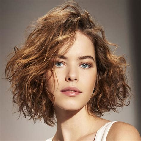 Curly Hairstyles 2017 by Best Bob Hairstyles For 2017 56 Viral Types Of Haircuts