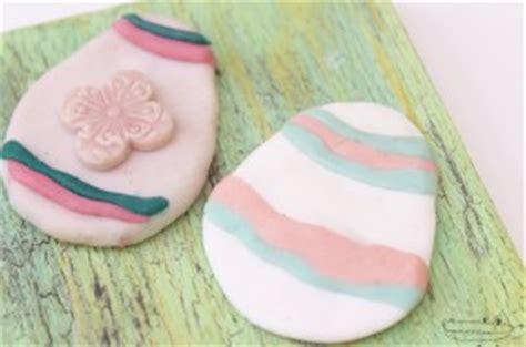 como hacer la pasta para decorar huevos de pascua manualidades para pascua manualidades infantiles