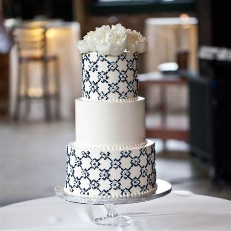 Cake Decorating Chesterfield by Wedding Cakes Chesterfield Idea In 2017 Wedding