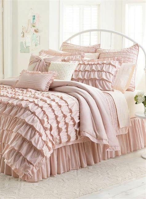 couette en solde parure de lit noir fabulous parure de lit noir et blanc