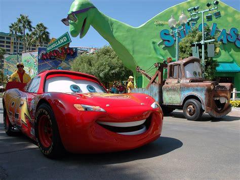 wallpaper cartoon cars cars cartoon wallpaper hd 1573 wallpaper cool