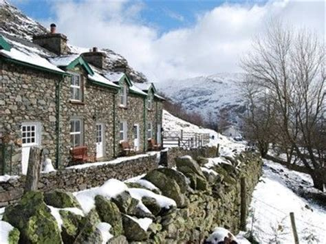 Cottages To Rent In Lake District With Dogs by 2 Helvellyn Cottage Pet Friendly Lake District Cottage