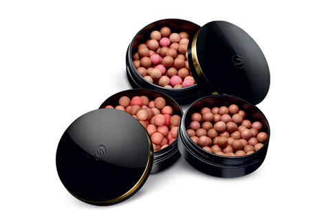 Giordani Gold Bronzing Pearls Golden Edition Blush On Emas Oriflame bronzing pearls giordani gold