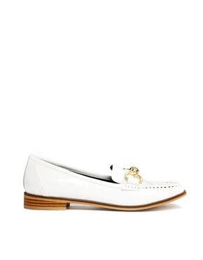 Trim Patent Flat Sandal By Asos by River Island River Island Patent White Trim Flat Loafers