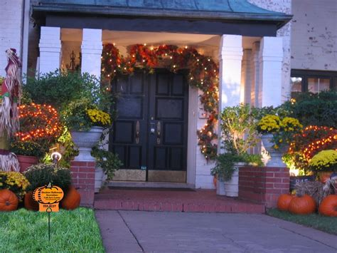 Fall Decorations For The Home Golden Yellow Color To Complete Your Fall Decorating Ideas Midcityeast